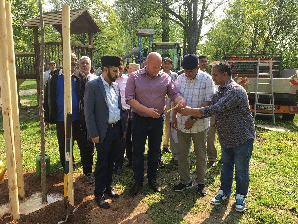 Baumspenden Der Muslimischen Gemeinde Stadt Riedstadt